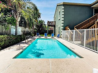 Tranquil 2BR w/ Pool - Half Block to Beach, Walk to Dining & Nightlife