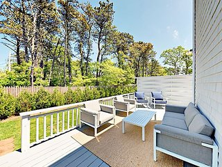 Renovated 4BR Cape Cod w/ Deck & Fenced Yard, Steps to Beach, Near Fishing