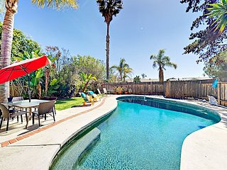 Peaceful 4BR w/ Outdoor Living, Pool & Near All Downtown