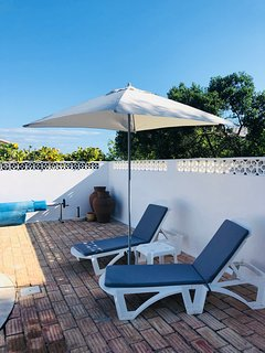 Pool patio - Relax on Sun loungers with Parasols