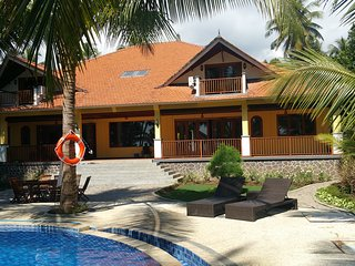 Luxury Villa Rental in North Bali. Beachside with 8 bedrooms, garden and pool