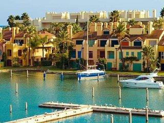 Elegante apartamento con fantasticas vistas a Puerto de Sotogrande
