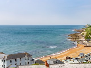Beach View Apartment located in Ventnor, Isle Of Wight
