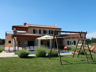 4 bedroom Villa in Prnjani, Istarska Zupanija, Croatia : ref 5439236