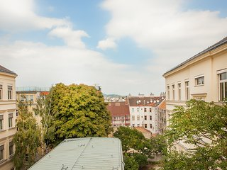 #46 Cube 70 - Dein stilvolles Altbauapartment in Wien (OpenSpace, Maximum 4 Pax)
