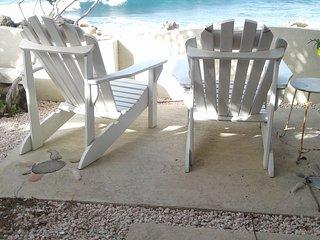 Hala Canoa Beach House