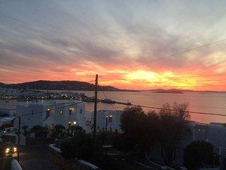 MELANGEL DELUXE SUITE / DOWNTOWN MYKONOS / SEA, SUNSET & CITY VIEW
