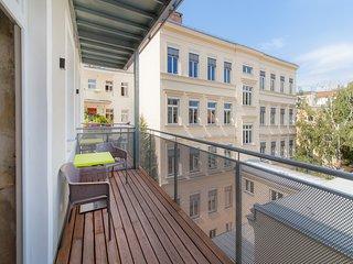 #40 Cube 70 - Dein stilvolles Altbauapartment in Wien (OpenSpace, Maximum 2 Pax)