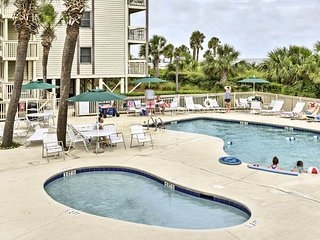Hilton Head Resort Condo-Steps to Pool & Beach