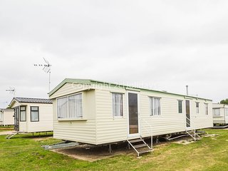 8 Berth Caravan. St Oysth Holiday Park - Caravan Ref : 28015 Field View Area