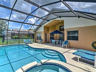 Villa w/Pool & Mickey-Shaped Spa- 15 Min to Disney