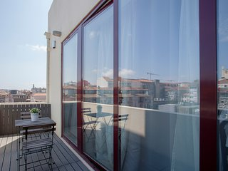 Liiiving in Porto | Central Balcony Delight