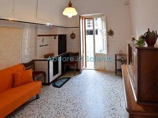 H198    Appartamento Indipendente in Zona Centrale