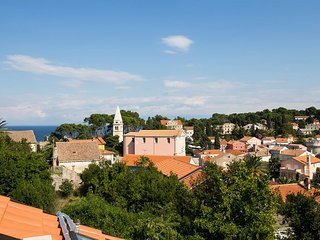 PEPERMINT 2 - apartment for 2+2 persons view to the Veli Losinj town