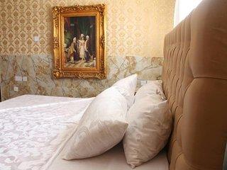 Grand Emperor Hotel Suite