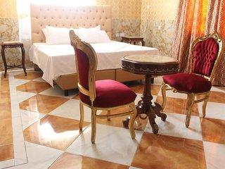 Grand Emperor Hotel Deluxe Room4