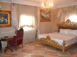 Grand Emperor Hotel Deluxe Room8