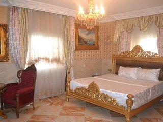 Grand Emperor Hotel Deluxe Room6