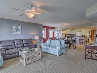 Water View Condo w/ Pool-In Premium Golf Community