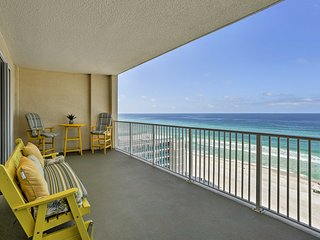 Oceanfront Panama City Condo w/Balcony & Pool