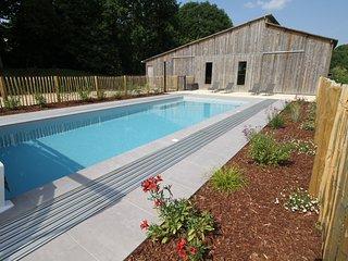 Gite Coetquen - Domaine du Bois Riou - piscine chauffee couverte