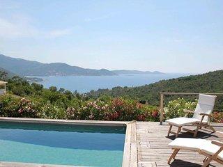 PORTICCIO - Tres belle villa avec piscine secteur Ruppione V-277