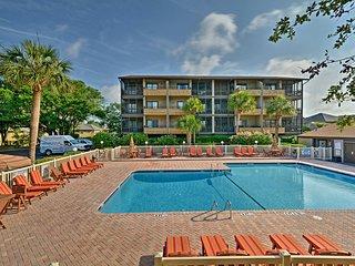 NEW! Beachside Myrtle Beach Condo w/ Pool Access!