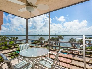 NEW LISTING! Romantic waterfront getaway, w/pools, jacuzzis, & tennis courts.
