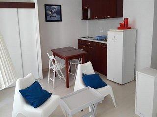 LES SABLES D'OLONNE - MAISON COEUR DE VILLE a 100 m de la plage