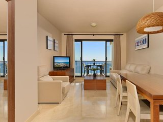 2 bedrooms front sea view