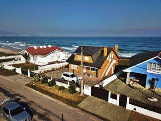 Ref. 11994 Chalet con impresionantes vistas a la playa