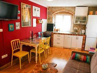 Garden apartment Lucy lu