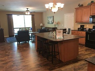 New condo on rental program, 3 BR, 3 Bath, with Dock Privileges