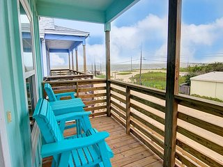 Brand New 3/2! Private fishing pier with dock space! Pool! AMAZING Views!