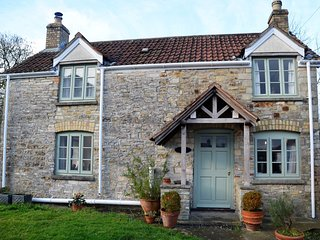 53989 Cottage situated in Wedmore