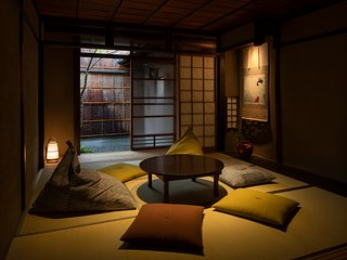 Traditional House, GREAT Location! near GION x 2 Toilet x FREE WIFI, Apple TV