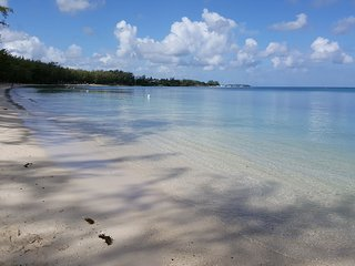 Rent self catering flat 200 m to Trou aux biches beach.Free breakfast +24/7 wifi