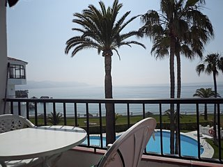Las Palmeras 2 bedroom, 2 bathroom  apartment with sea views