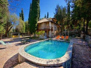 Kefalonian Kastro Pool Villa