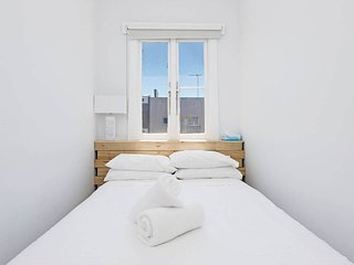 Bondi Beach Gorgeous Apartment H323