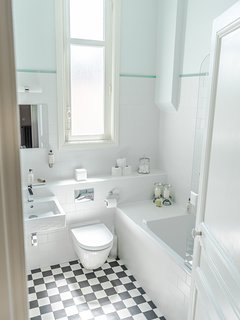 Upper Floor Bathroom 1