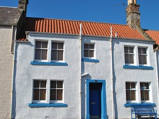 Sand And Sea Cottage- fabulous family home in Crail, Fife