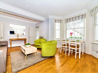 2Bed Luxury Kensington Earls Court Serviced Apartment