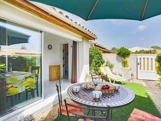 2 bedroom Apartment in Le Cap D'Agde, Occitania, France : ref 5515486