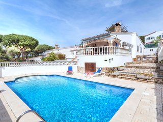 2 bedroom Villa in l'Escala, Catalonia, Spain - 5552453