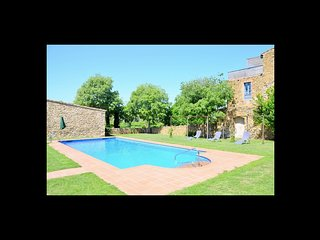 2 bedroom Villa in La Bisbal, Catalonia, Spain - 5623083
