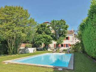 4 bedroom Villa in Les Figons, Provence-Alpes-Cote d'Azur, France : ref 5522408