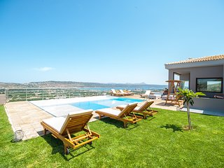 Kedria Luxury Seaview Villa, Tsikalaria Chania