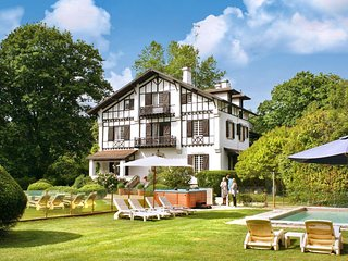 9 bedroom Villa in Soustons, Nouvelle-Aquitaine, France : ref 5049685