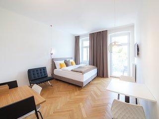 #48 Cube 70 - Dein stilvolles Altbauapartment in Wien (OpenSpace, Maximum 2 Pax)